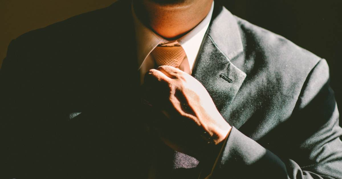 Tips for Buying a Bespoke Suit Featured Image